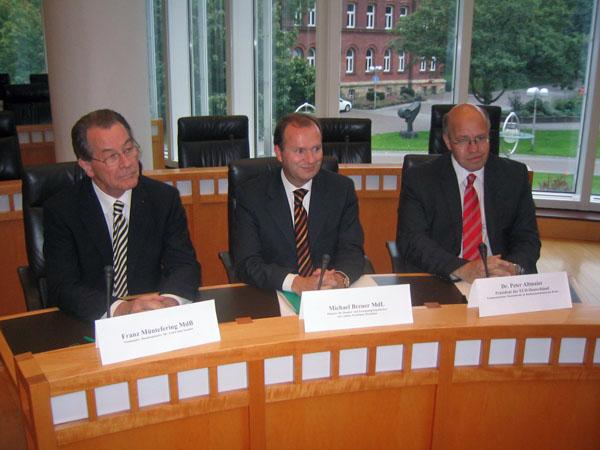 3 Minister geben der Europa-Union NRW  die Ehre